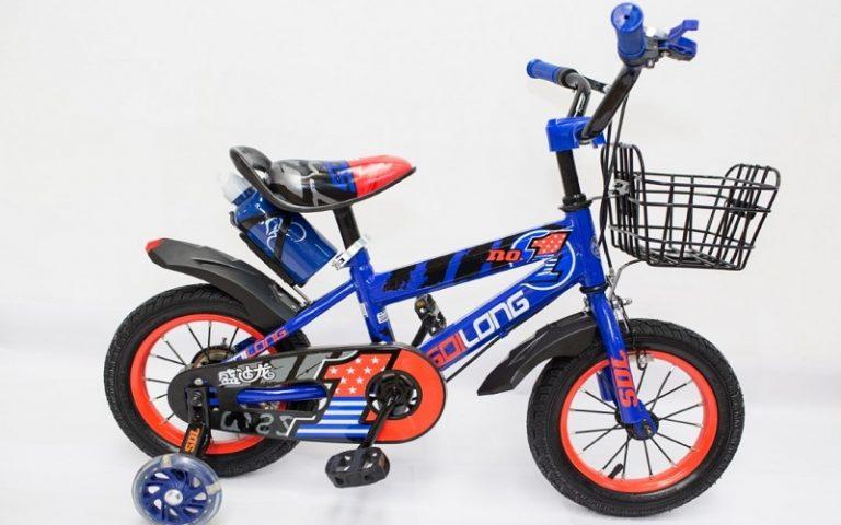 A venit timpul sa-i iei copilului o bicicleta!